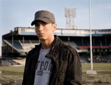 beautiful歌词-beautifulLRC歌词-Eminem