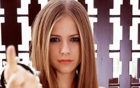 tomorrow歌词-tomorrowLRC歌词-Avril Lavigne